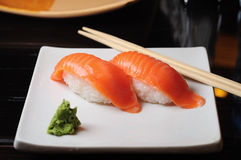 Lachssushi Stockfotografie