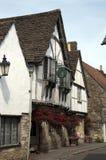 Lacock by - restaurang och hotell Arkivbild