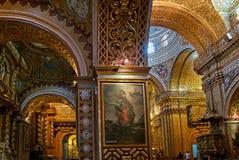 LaCompania kyrka i Quito, Ecuador Arkivfoto