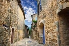 Lacoste-Dorf, Frankreich Stockbild