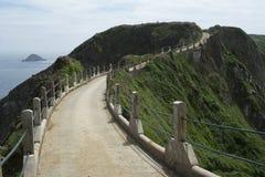 LaCoupee vägbank på Sark Arkivbilder