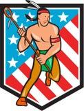 Lacrosse-Spieler des amerikanischen Ureinwohners spielt Streifen-Schild die Hauptrolle Stockbild