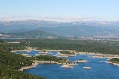Lacs artificiels dans Niksic, Monténégro Photo stock