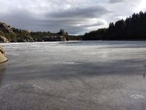 Lacs congelés d'écart-type photo stock