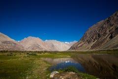 Lacs de l'Himalaya dans le lah Photo libre de droits