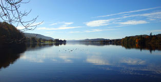 lacs de lac de l'Angleterre de district de cumbria de coniston beaucoup l'eau d'un s Image stock