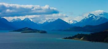 Lacs et montagnes Images stock