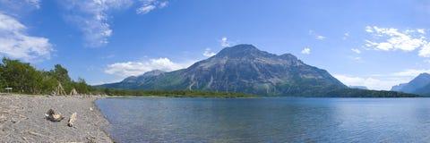Lacs Waterton dans Alberta méridional Photos stock