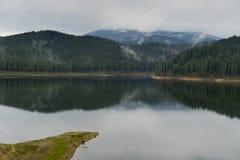 Lacul (湖) Oasa Transalpin罗马尼亚 库存图片