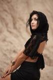 lacy kvinna för sjalett Arkivfoto