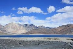 ladakh的Pangong湖 免版税库存照片