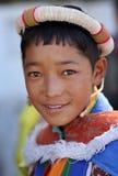Ladakhfestival 2013, jonge mens met traditionele kleding Stock Afbeeldingen