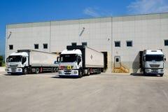 Ladda lastbilen Arkivbilder