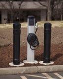 laddande elektriskt stationsmedel Arkivbilder