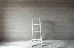 Ladder and wall Royalty Free Stock Photos