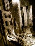 Ladder zout-Encrusted en Emmer Royalty-vrije Stock Afbeeldingen