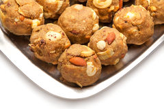 Laddoo sec doux fait maison de fruits d'Inde Photographie stock