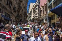 Ladeira Porto Geral (de straatgebied van 25 DE Março)  Stock Afbeelding