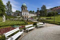LADEK ZDROJ, POLEN - JUNI 05, 2017: Ladek Zdroj är en stad i Kl Royaltyfria Bilder
