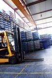 Ladeplattensteckfassung in der industriellen Halle Lizenzfreies Stockbild