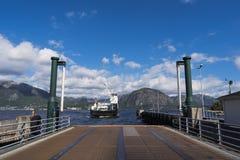 Lading en passagiersveerboot Royalty-vrije Stock Afbeelding