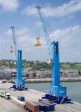 Ladingskraan bij de containerterminal Stock Fotografie
