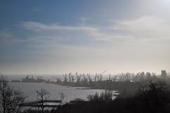 Ladingskranen in het dok van Industriële Haven Royalty-vrije Stock Foto