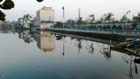 Lado agradável da água Imagem de Stock