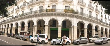 Lado colonial francês da cidade de Argel Argélia Cidade moderna muita tipo francês velho construções imagens de stock