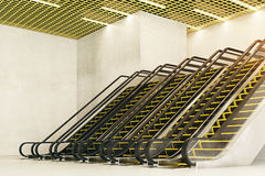 Lado das escadas rolantes Imagens de Stock Royalty Free