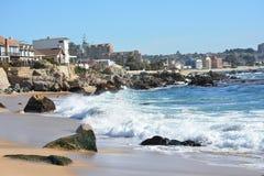 Lado de la playa y de mar Imagen de archivo