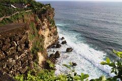 Lado de mar de Pura Luhur Uluwatu Foto de archivo libre de regalías