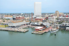 Lado del puerto del embarcadero 21 en Galveston, Tejas los E.E.U.U. Imagen de archivo
