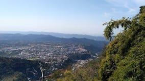 Lado hermoso Mountain View de la colina Fotografía de archivo libre de regalías