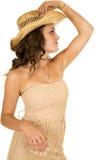 Lado occidental de la mirada del sombrero del vestido sin tirantes del moreno de la mujer Imagen de archivo