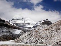 Lado sur de Kailash con la opinión de Nundu, Tíbet Imágenes de archivo libres de regalías