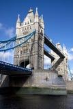 Lado sur del puente de la torre Foto de archivo
