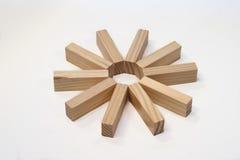 Ladrillos de madera en un anillo de la estrella Fotografía de archivo