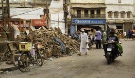 Ladrillos en la calle con las bicis Foto de archivo libre de regalías