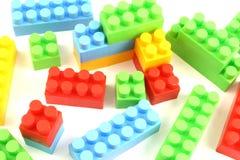 Ladrillos plásticos coloridos del juguete Imagen de archivo libre de regalías