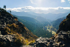Ladscape della montagna con le rocce Fotografia Stock