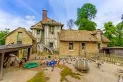 Ladugård i Hameau de la Reine, drottningens Hamlet Arkivbilder