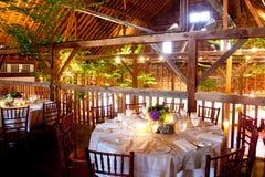 ladugård inom lantligt gifta sig för tabeller fotografering för bildbyråer