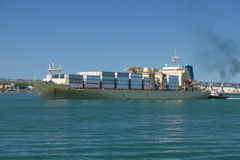 Ladung-Containerschiff Lizenzfreies Stockfoto