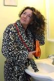 lady för torkande hår Royaltyfri Fotografi