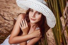 Lady i hatt Arkivfoto