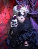 Lady i svart Royaltyfria Bilder