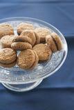 Lady& x27; поцелуи s & x28; печенья печенья с миндалиной и chocolate& x29; Стоковые Фото