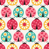 Безшовная картина ladybug шаржа Стоковые Фотографии RF