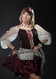 ladyen piratkopierar Arkivbild